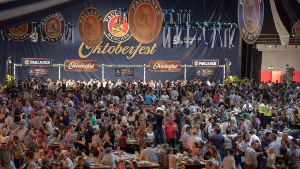 Cerveza Cerveza Oktoberfest: Cómo reservar mesa en la fiesta de la cerveza de Madrid
