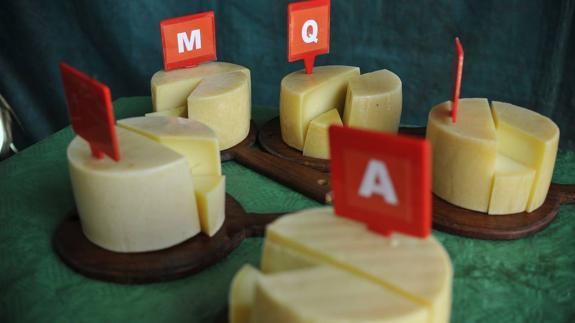 Quesos Quesos El queso de Emilia Arana de Zeanuri es considerado el mejor Idiazabal de Bizkaia